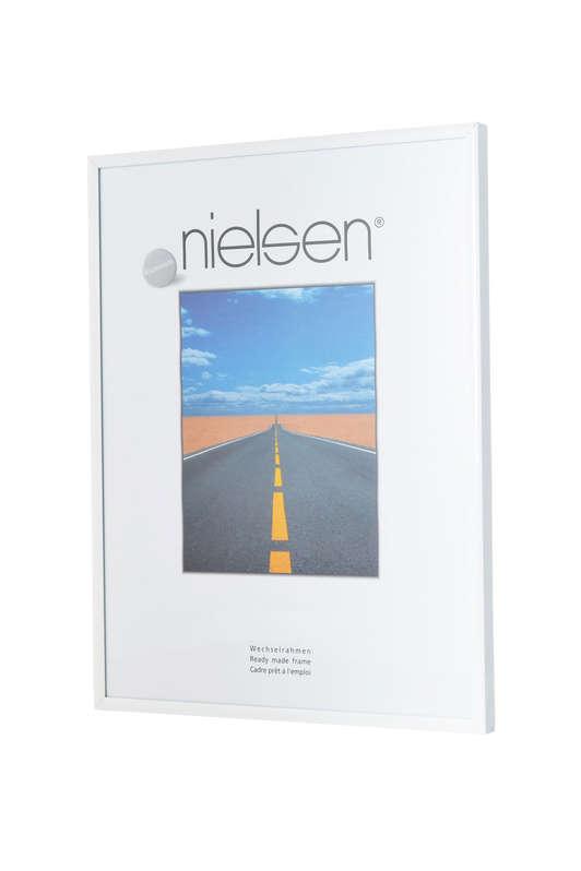 Nielsen Pearl Gloss White Acrylic Glazed